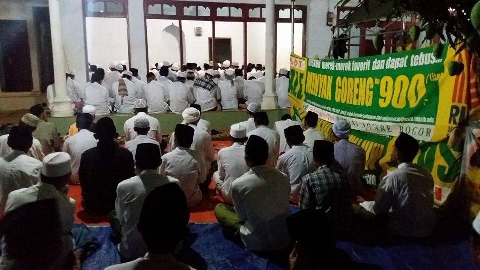Ikhwan Akhowat Naqsyabandiyah Gersempal mengikuti Haul Masyayikh
