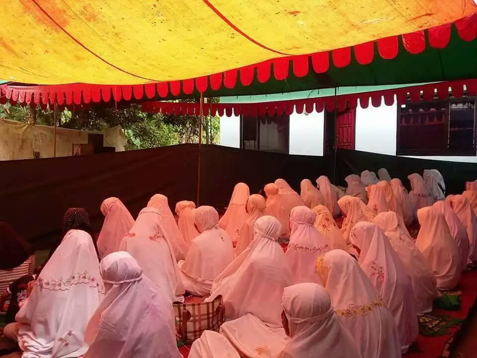 """Jama'ah SITQON Desa Seddur Pakong mengikuti Dzikir bersama """"Khotmil Khwajagan"""" Naqsyabandiyah Gersempal"""