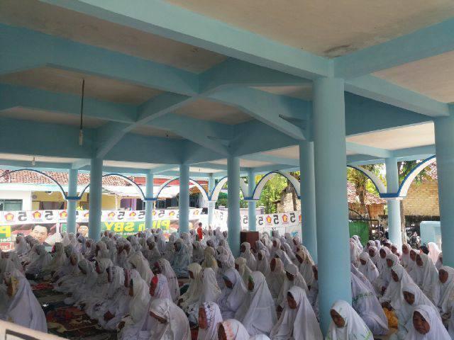 Tampak Jama'ah SITQON Pamekasan, memenuhi Masjid Al-Kautsar